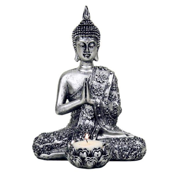 Thailandsk Buddha med lys